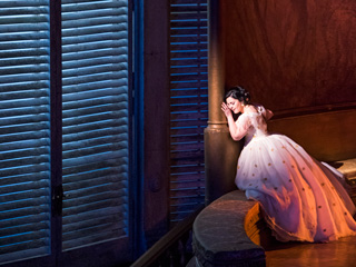 Verdi's La traviata ©2017 ROH. Photographed by Tristram Kenton