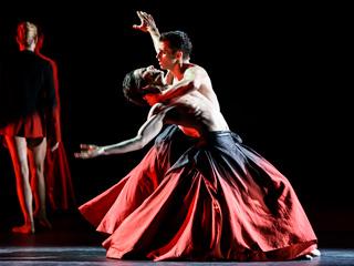 Symphonic Dances ©2017 ROH. Photograph by Bill Cooper