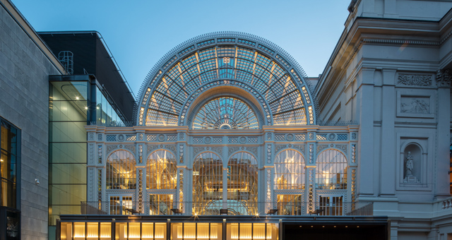 The Royal Opera House exterior ©2018 ROH. Photograph by Luke Hayes