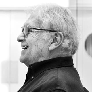 Robert Cohan in rehearsal with Yorke Dance Project ©Pari Naderi