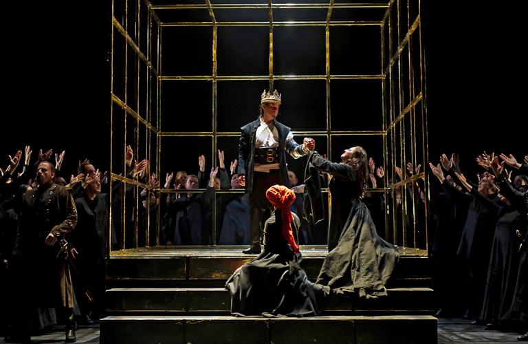 Production Image of Macbeth, The Royal Opera ©ROH/Clive Barda, 2012