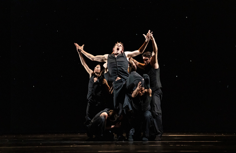 Artists of the Royal Ballet in Solo Echo, The Royal  Ballet ©2021 ROH. Photograph by Bill Cooper