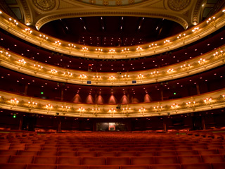 The Royal Opera House Auditorium ©ROH/Dominic Klimowski, 2011